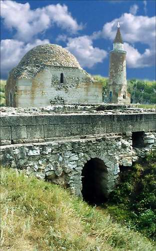 Kazan ancestor Bulgar city architecture - Khan's burial-vault 1st photo