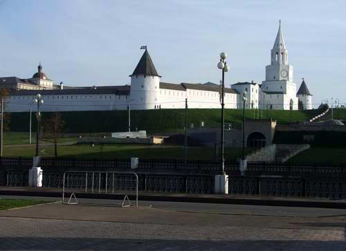 Kazan Kremlin photos - towers view photo