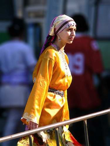 People of Tatarstan wearing national costumes 1st photo