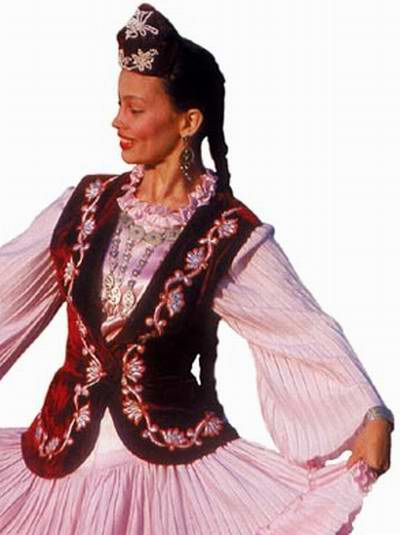 Tatar people traditional clothes 2nd photo